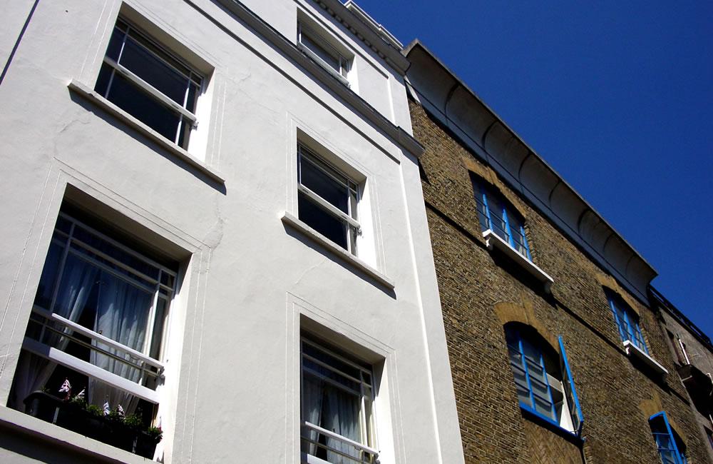 how to get fiinance to buy overseas property