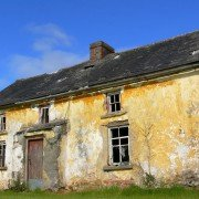 How to sell property at auction